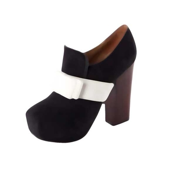 square toed heels